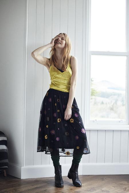 38_alpina-tulle-skirt-bonnie-star-silk-camisole.jpg